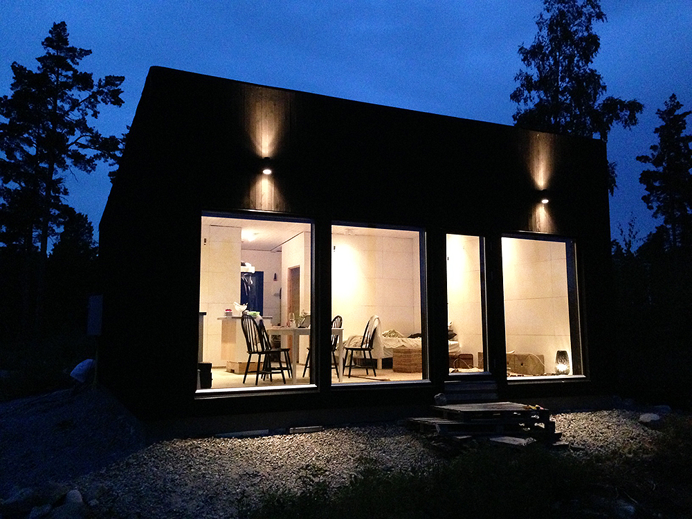 smallhouse_dark_2